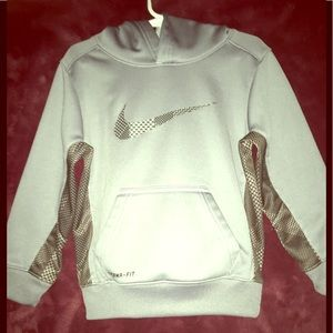 Nike Dri-FIT Therma pullover Hoodie (size: 4)
